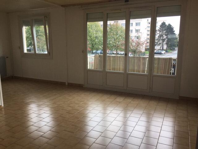 Appartement à louer 4 76.47m2 à Bihorel vignette-5