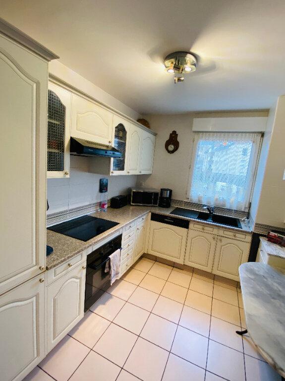 Appartement à vendre 4 82.77m2 à Rouen vignette-3