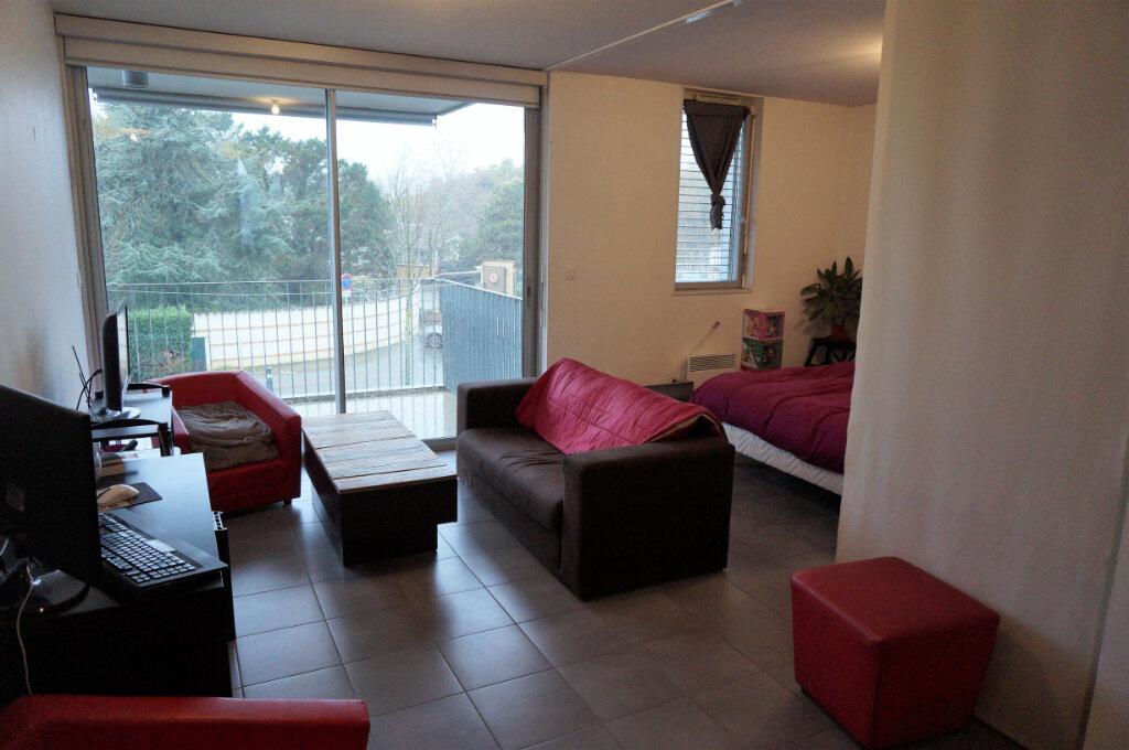 Appartement à vendre 1 40.5m2 à Blagnac vignette-1