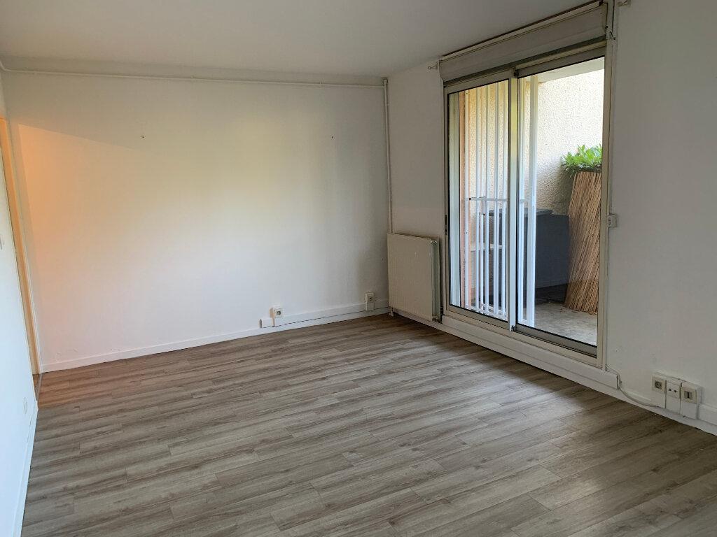Appartement à louer 2 49m2 à Blagnac vignette-2