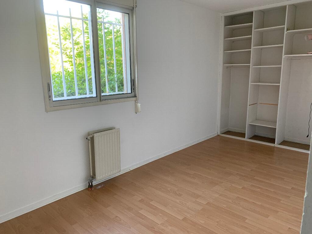 Appartement à louer 2 49m2 à Blagnac vignette-4