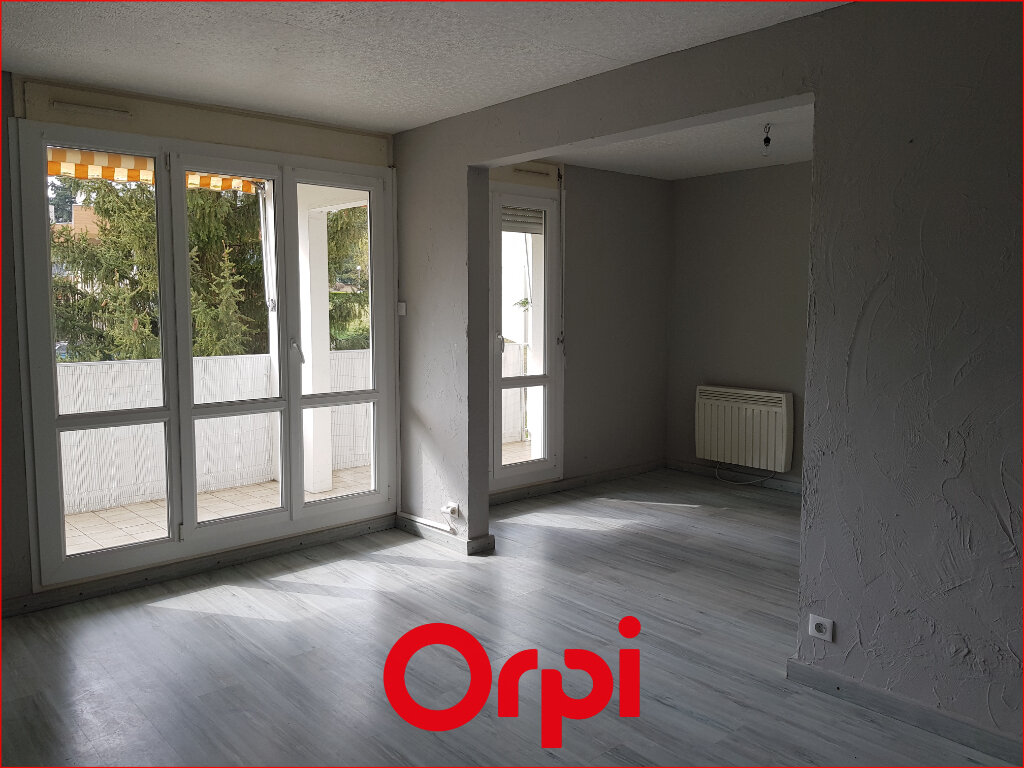 Appartement à louer 4 88.57m2 à Cournon-d'Auvergne vignette-4