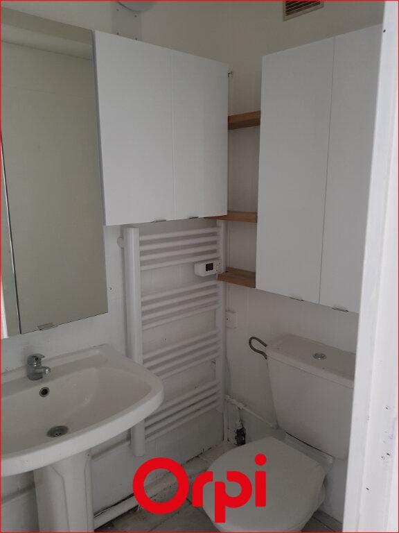 Appartement à louer 1 18.81m2 à Aubière vignette-4