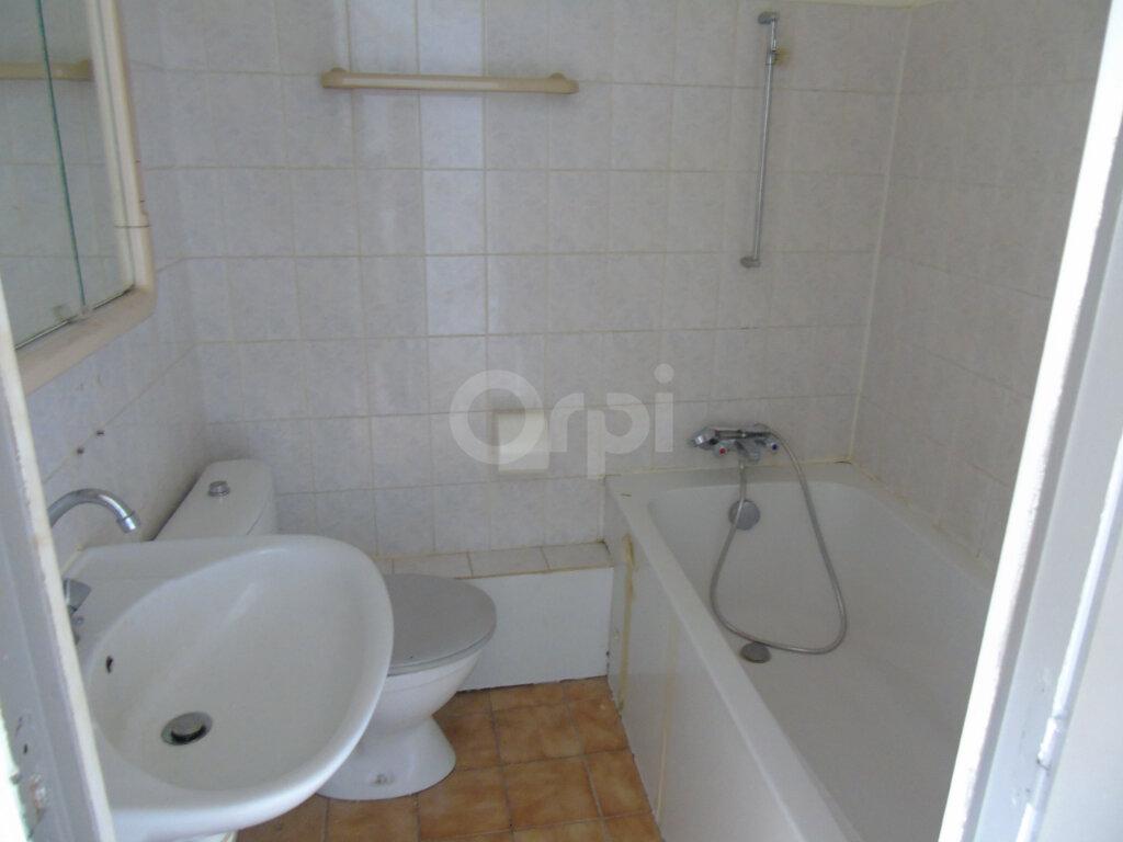 Appartement à louer 2 34.58m2 à Aubière vignette-6