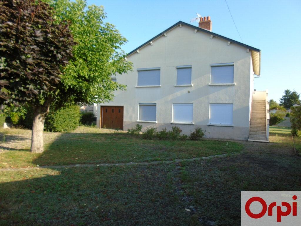 Maison à vendre 7 145m2 à Issoire vignette-1