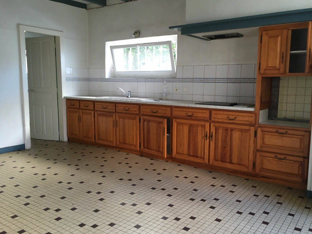 Maison à louer 8 161.87m2 à Tilh vignette-4