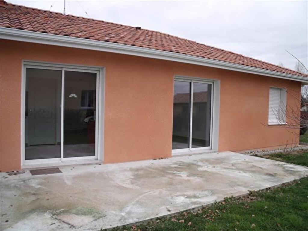 Maison à louer 3 70m2 à Amou vignette-4