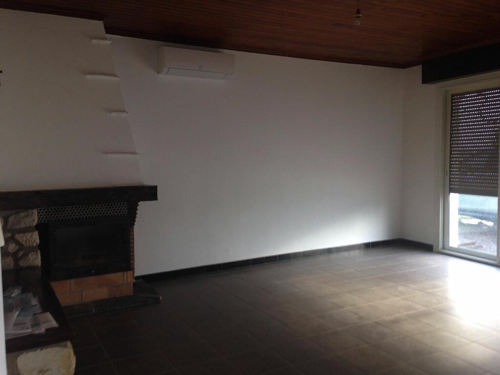 Maison à louer 4 87.92m2 à Castel-Sarrazin vignette-4