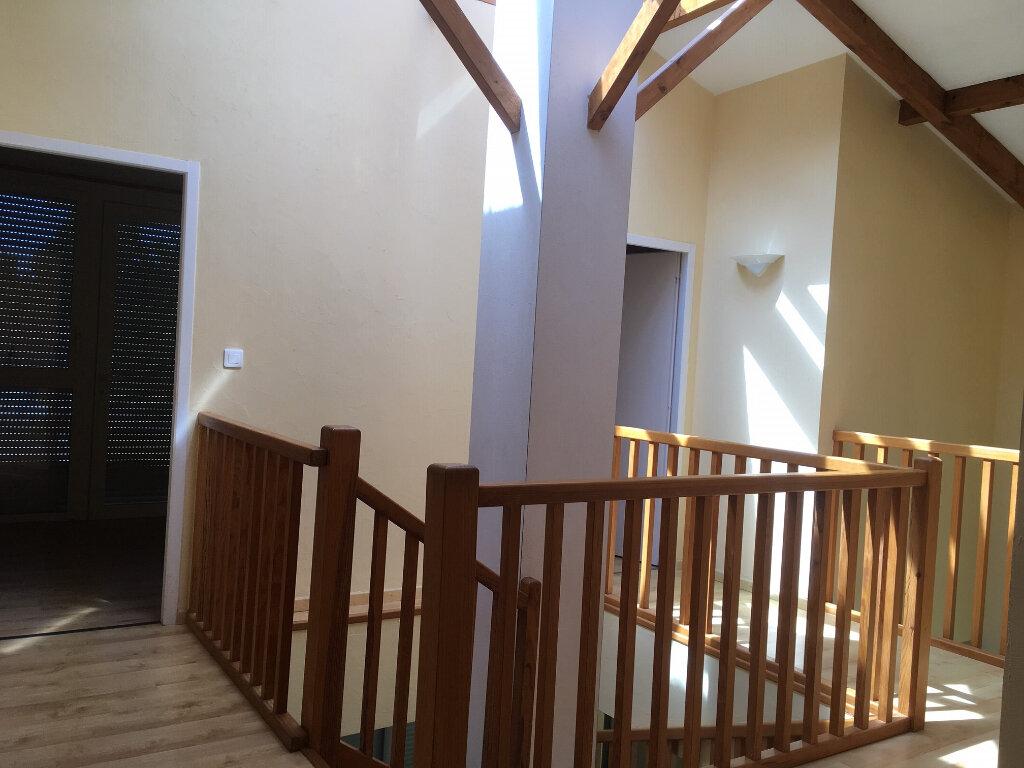 Appartement à louer 3 112m2 à Castelnau-Chalosse vignette-4