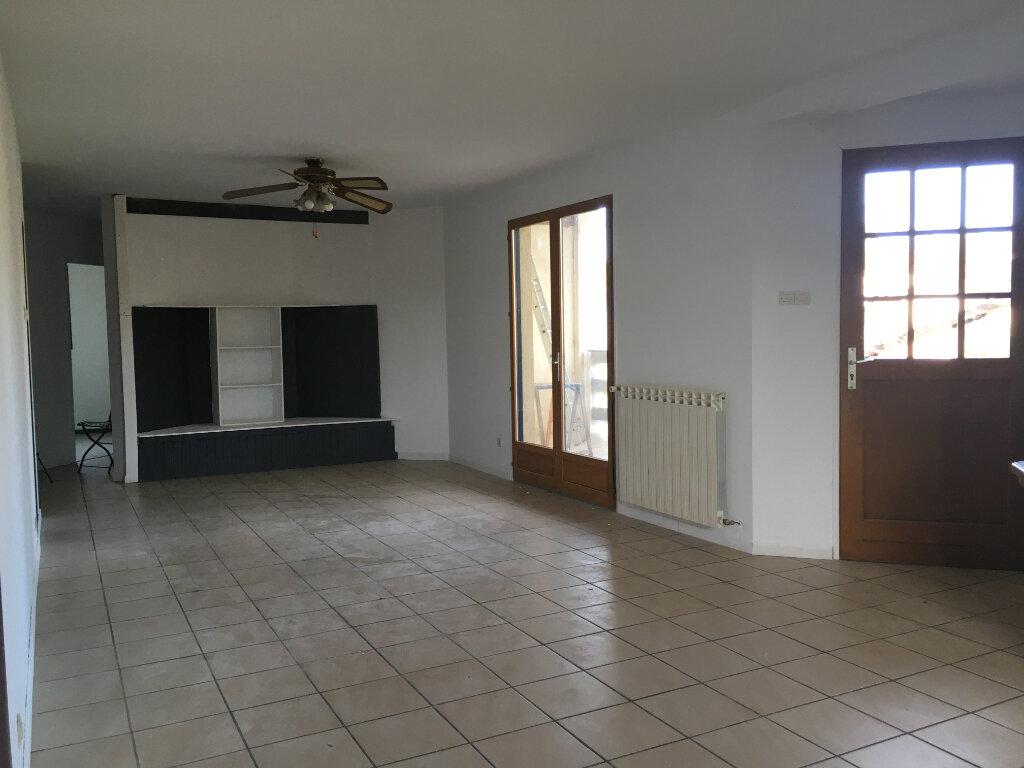 Appartement à louer 5 144.6m2 à Amou vignette-3