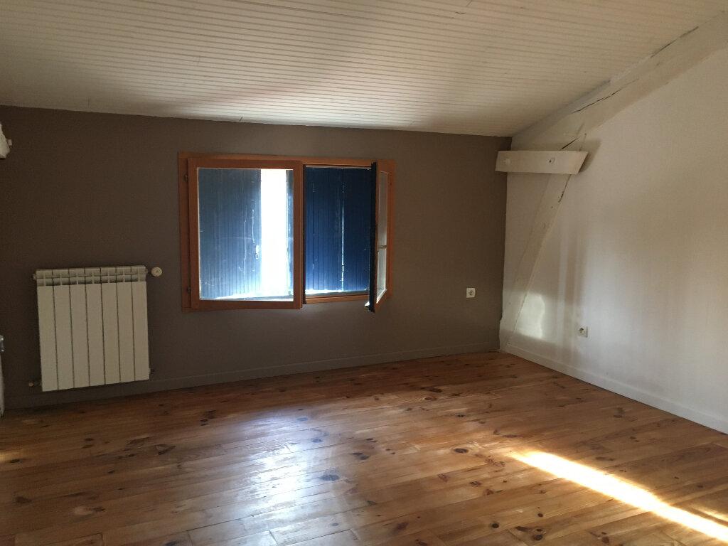 Appartement à louer 5 144.6m2 à Amou vignette-5