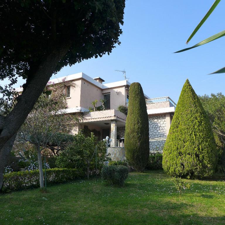 Maison à vendre 6 240m2 à Antibes vignette-1