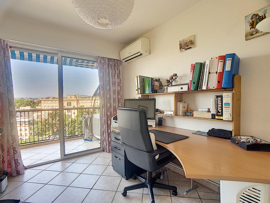 Appartement à vendre 5 163m2 à Antibes vignette-7