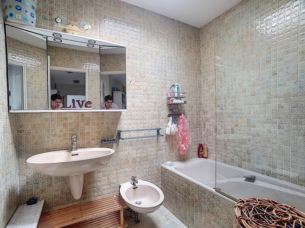 Appartement à vendre 5 163m2 à Antibes vignette-8