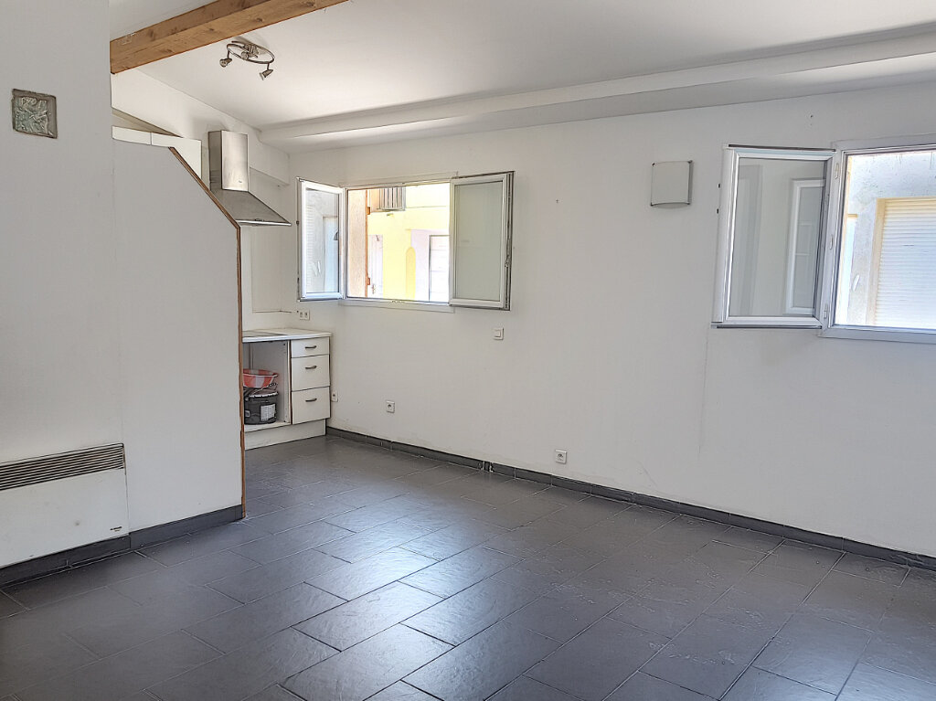 Appartement à louer 1 35m2 à Grasse vignette-1