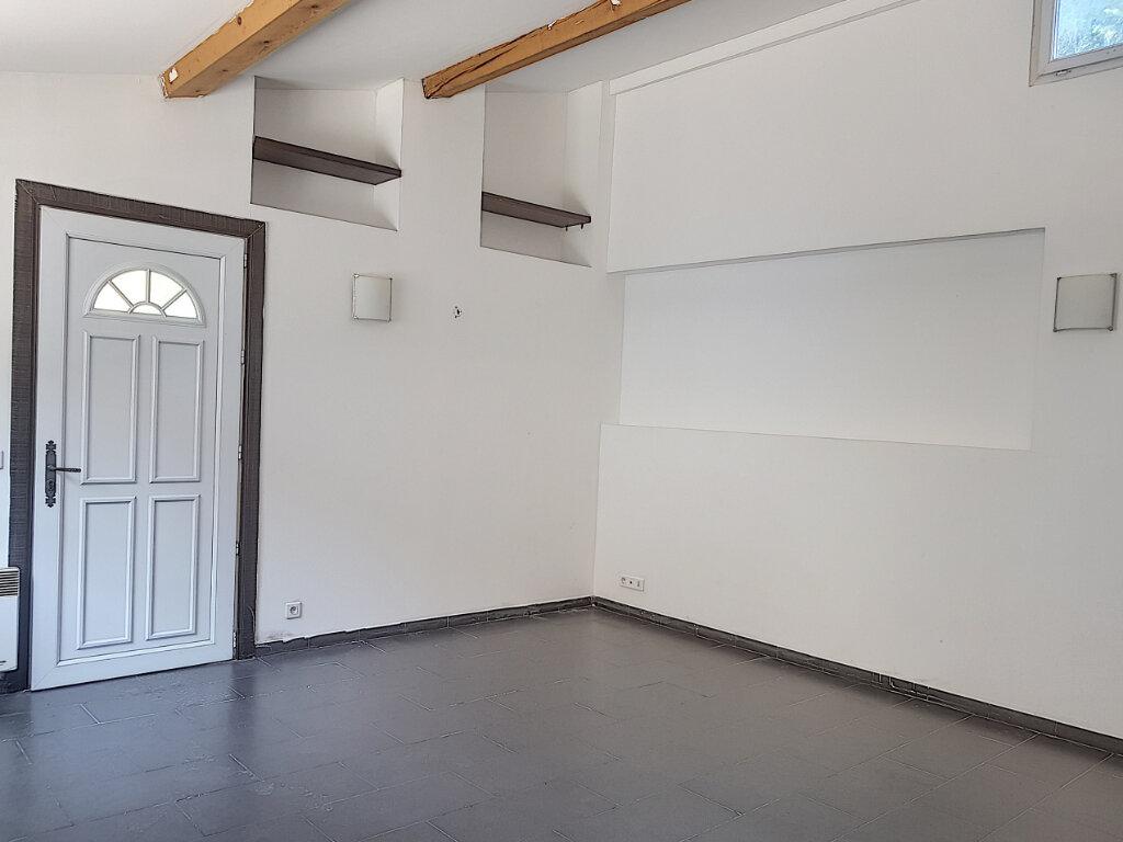 Appartement à louer 1 35m2 à Grasse vignette-3