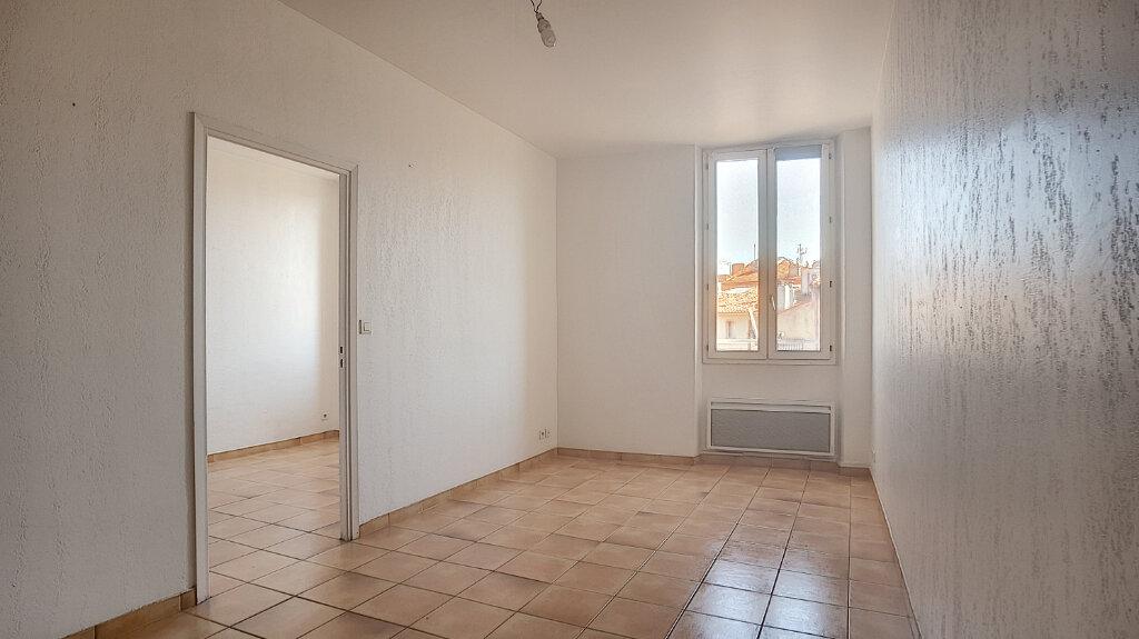 Appartement à louer 2 44.77m2 à Antibes vignette-2