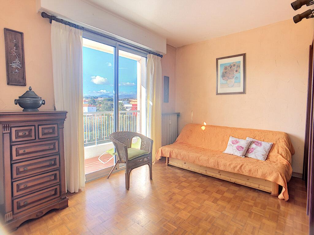 Appartement à vendre 4 85.6m2 à Antibes vignette-5