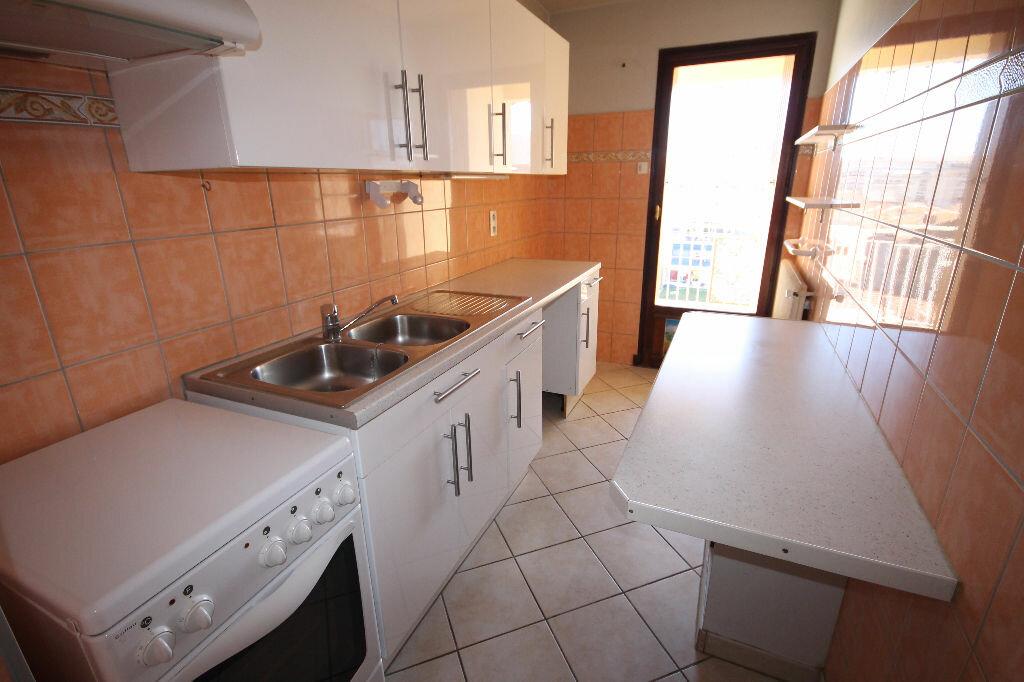 Appartement à louer 2 38.83m2 à Cannes vignette-6