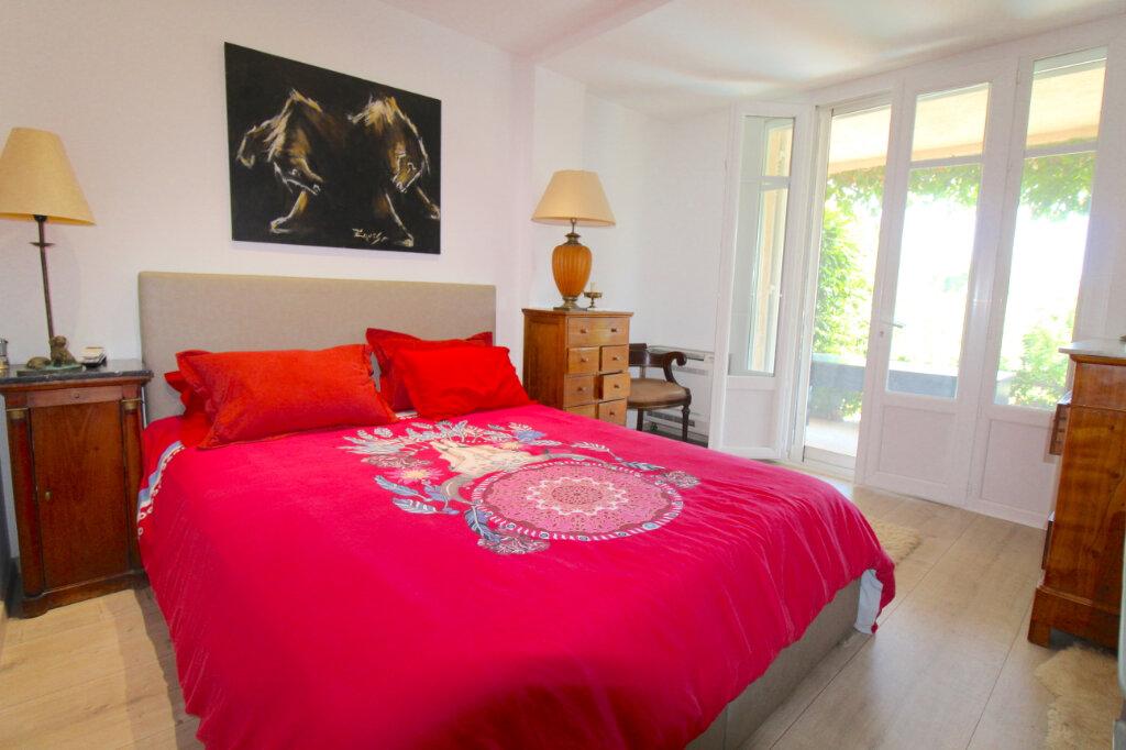 Appartement à vendre 4 132m2 à Cannes vignette-6