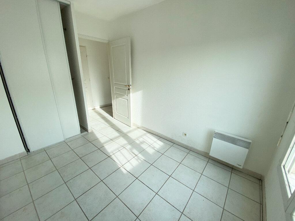 Appartement à louer 3 56.46m2 à Cannes vignette-4