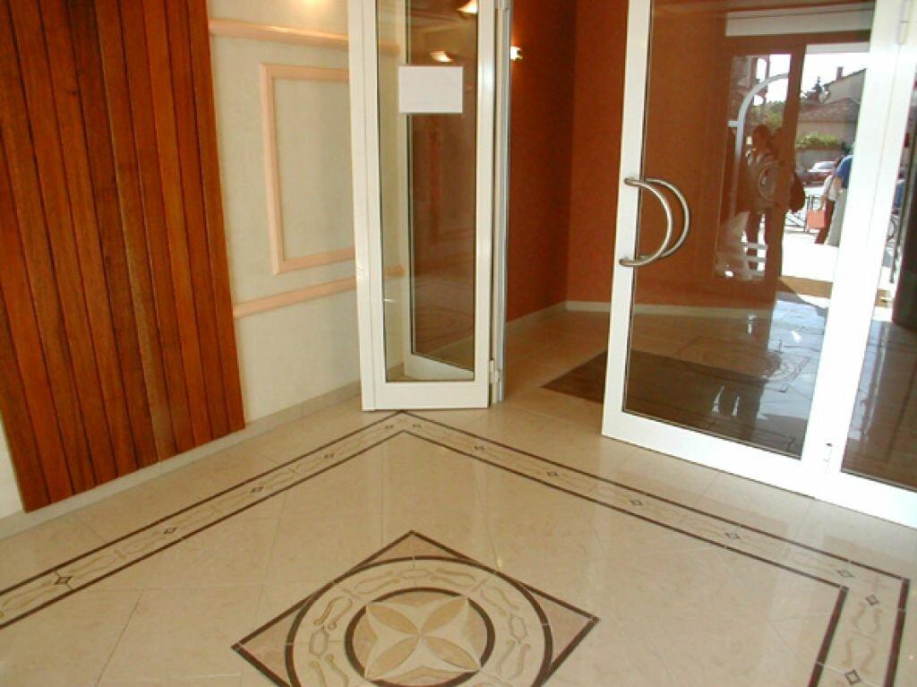 Appartement à louer 3 56.46m2 à Cannes vignette-6