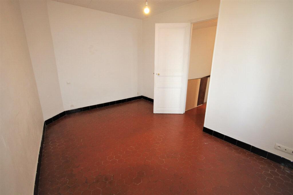 Appartement à louer 3 63.92m2 à Cannes vignette-9