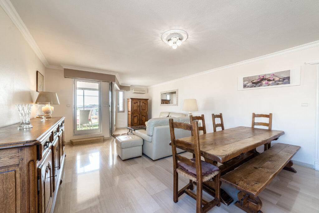 Appartement à vendre 4 98.13m2 à Cannes vignette-5