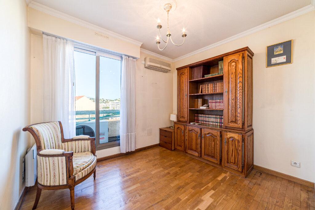Appartement à vendre 4 98.13m2 à Cannes vignette-9