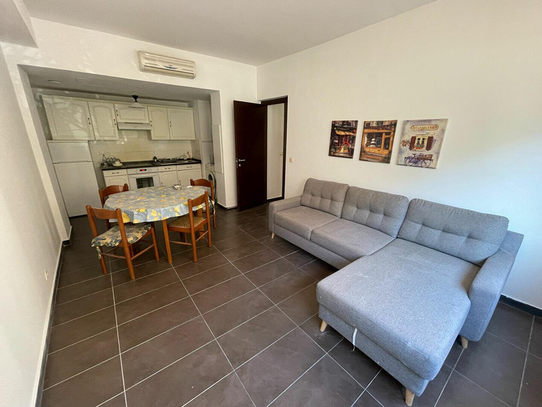 Appartement à louer 2 37.98m2 à Antibes vignette-1