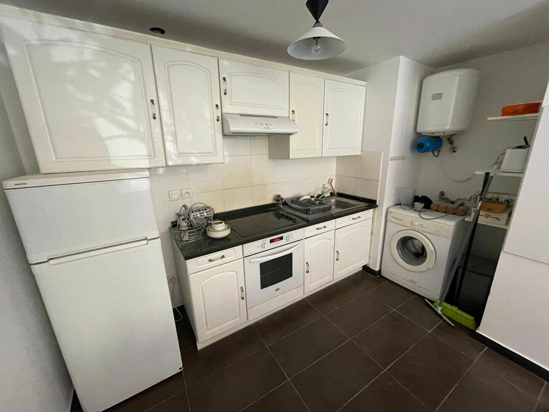 Appartement à louer 2 37.98m2 à Antibes vignette-2
