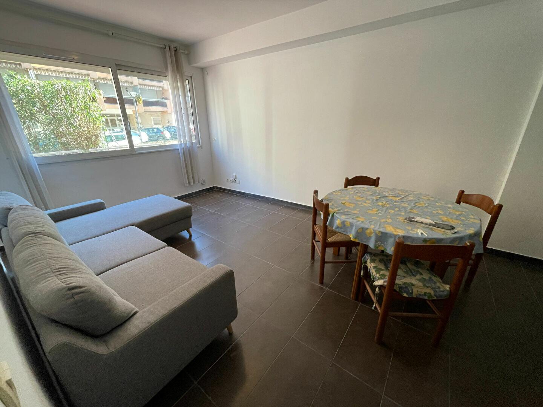 Appartement à louer 2 37.98m2 à Antibes vignette-7
