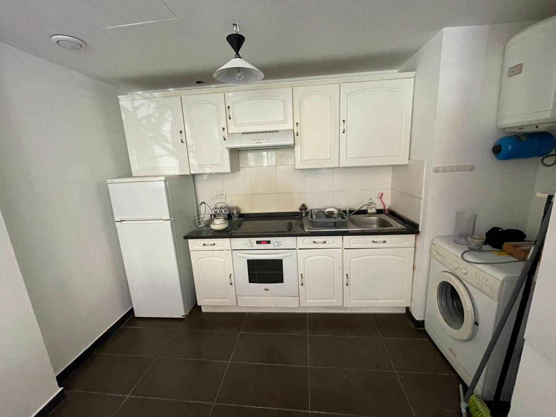 Appartement à louer 2 37.98m2 à Antibes vignette-8