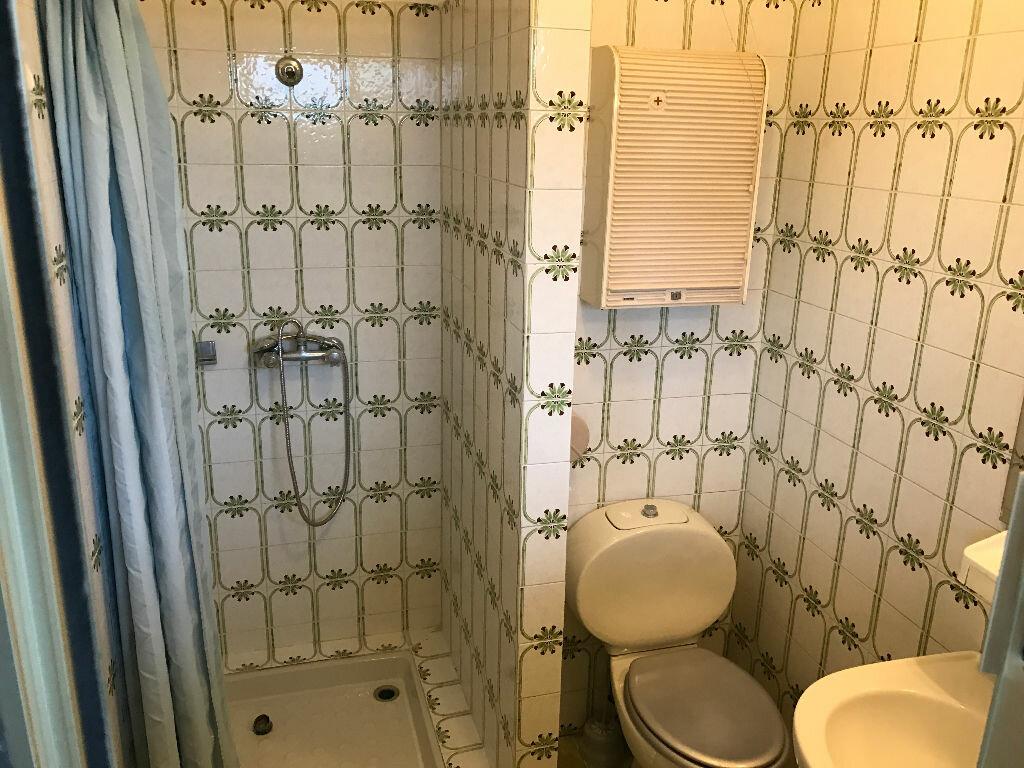 Appartement à louer 1 20.01m2 à Antibes vignette-7