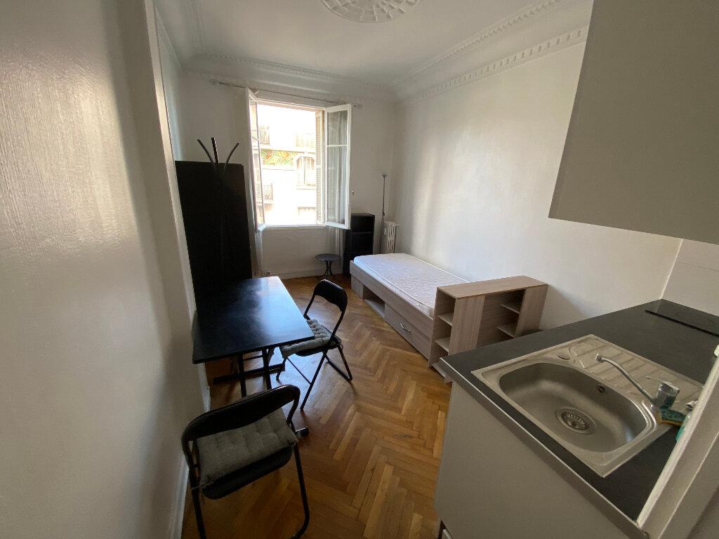 Appartement à louer 1 18.61m2 à Juan-les-Pins - Antibes vignette-6