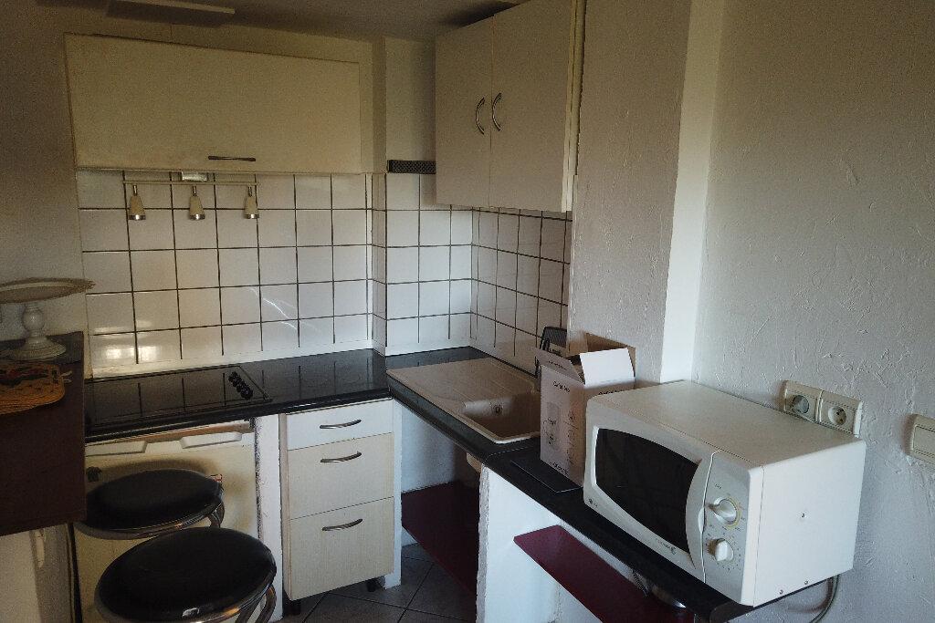Appartement à louer 1 21.68m2 à Antibes vignette-14