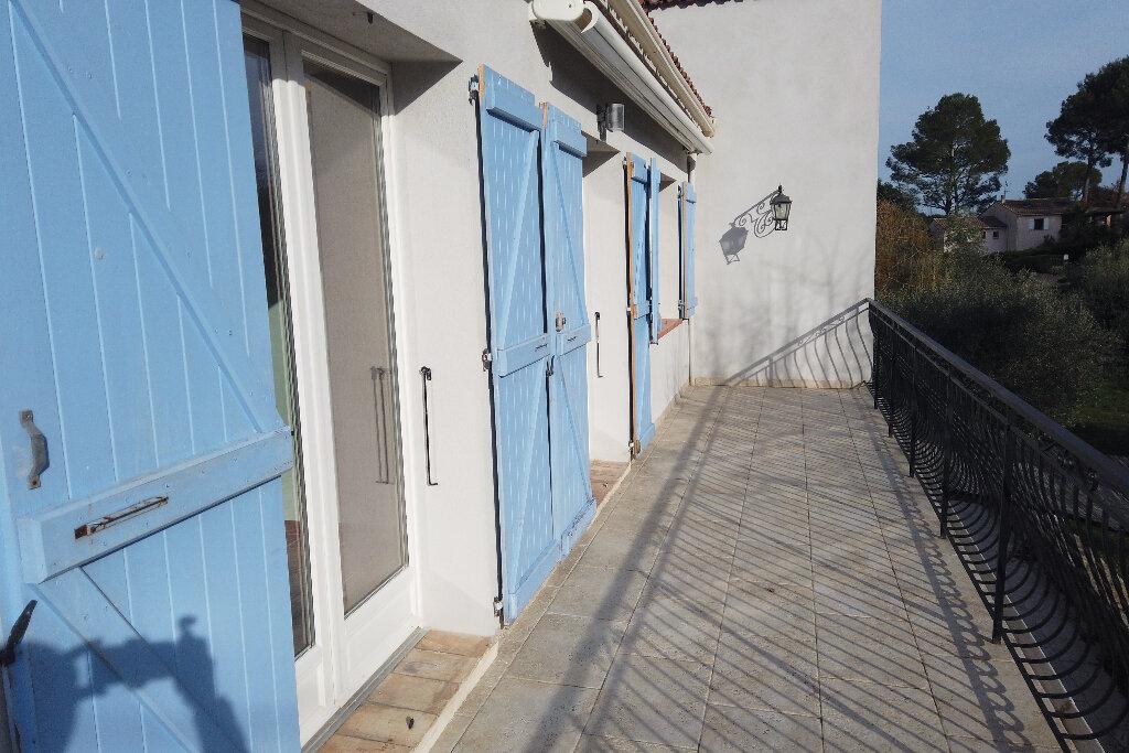 Appartement à louer 3 72m2 à Le Rouret vignette-4