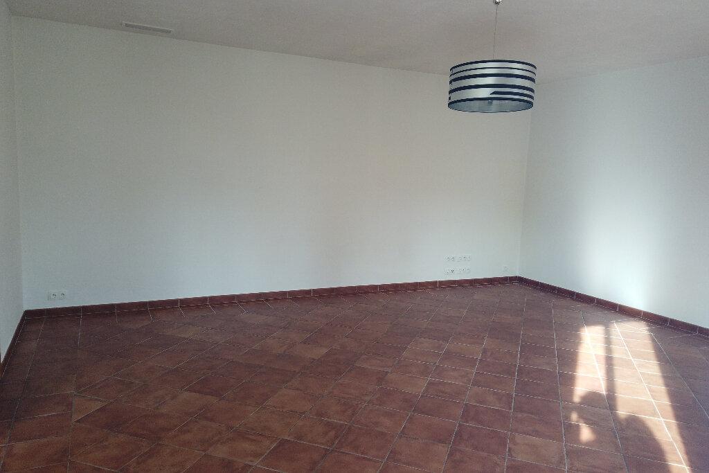 Appartement à louer 3 72m2 à Le Rouret vignette-8