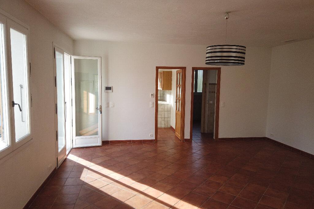 Appartement à louer 3 72m2 à Le Rouret vignette-9