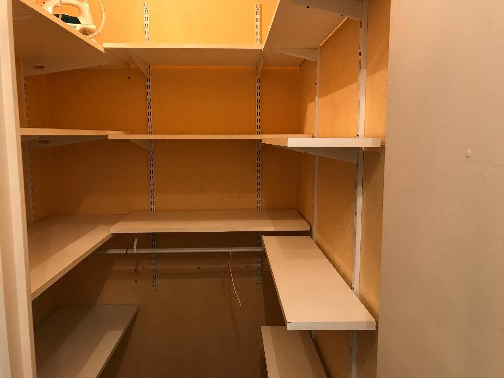 Appartement à louer 1 27.09m2 à Villeneuve-Loubet vignette-9