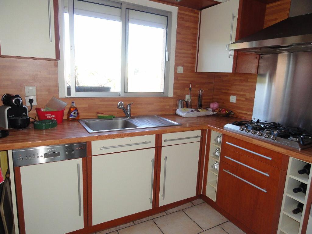 Appartement à vendre 3 62m2 à Antibes vignette-2