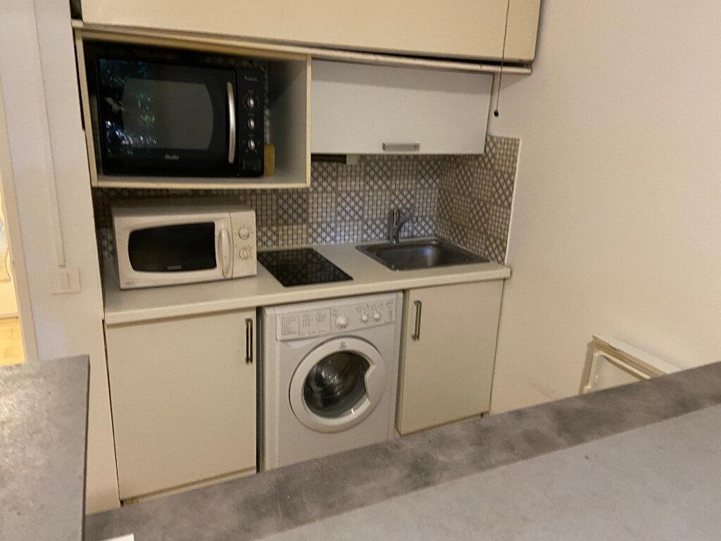 Appartement à louer 1 21.6m2 à Golfe Juan - Vallauris vignette-3