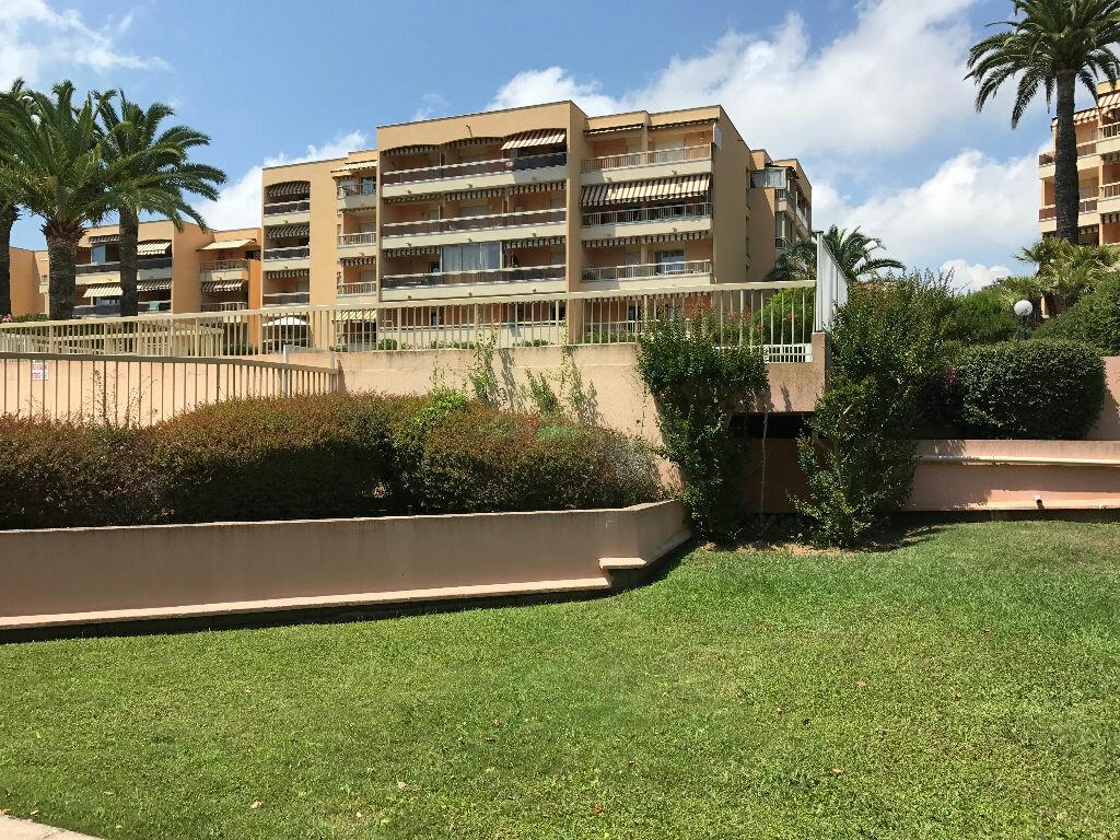 Appartement à louer 1 21.6m2 à Golfe Juan - Vallauris vignette-12