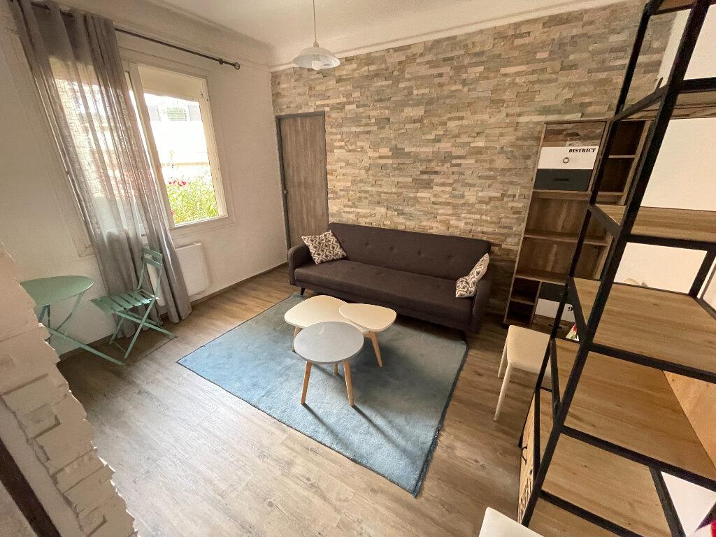 Appartement à louer 2 44.07m2 à Antibes vignette-1