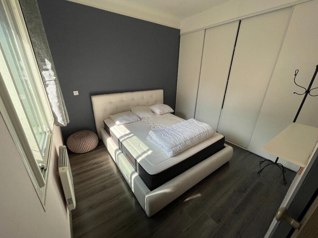 Appartement à louer 2 44.07m2 à Antibes vignette-3