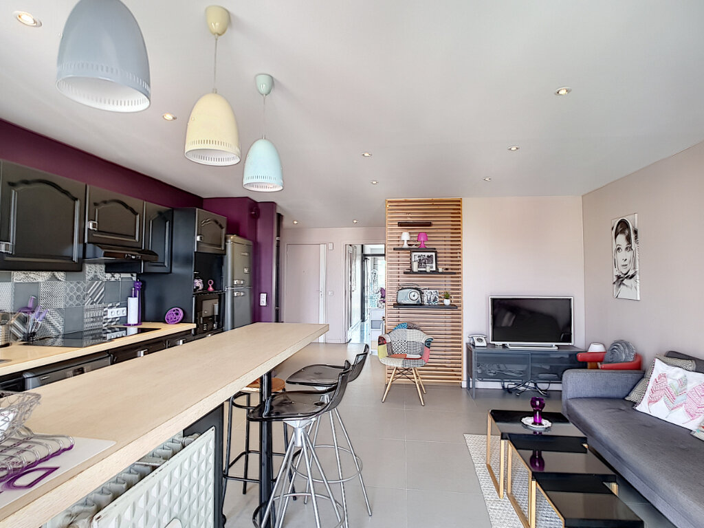 Appartement à vendre 3 59.89m2 à Antibes vignette-2