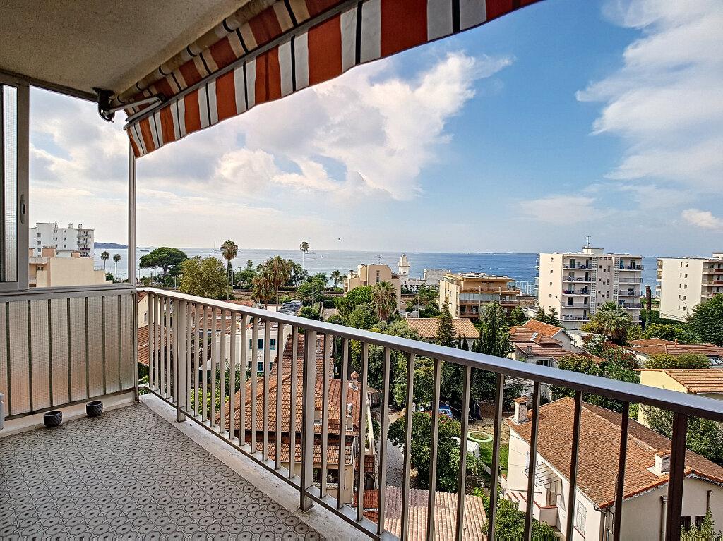 Appartement à vendre 3 59.89m2 à Antibes vignette-3