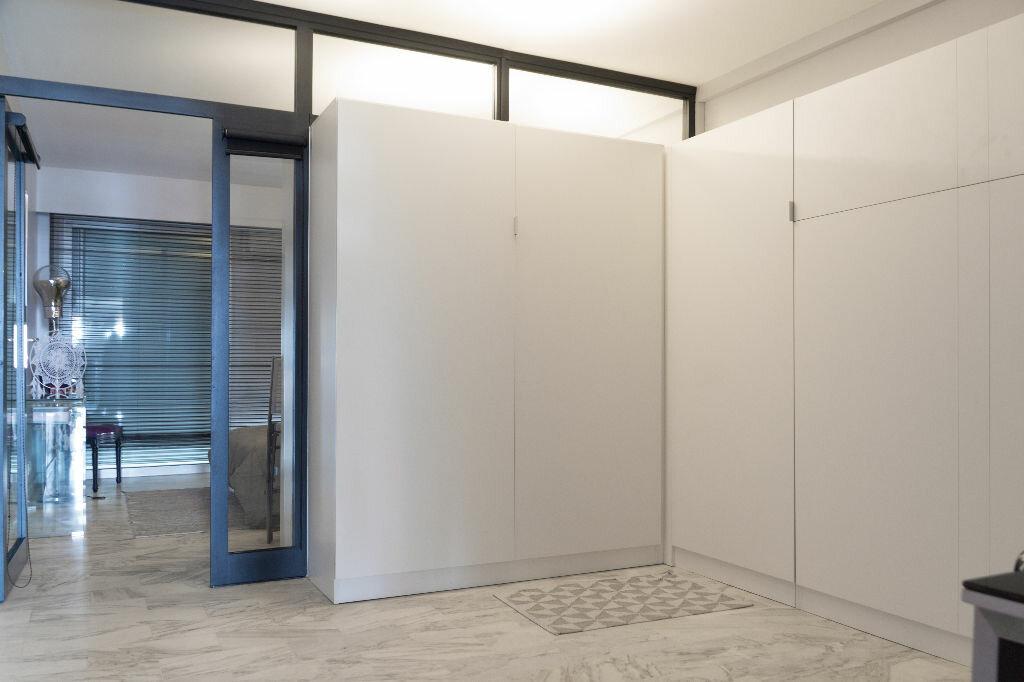 Appartement à vendre 3 59.89m2 à Antibes vignette-8