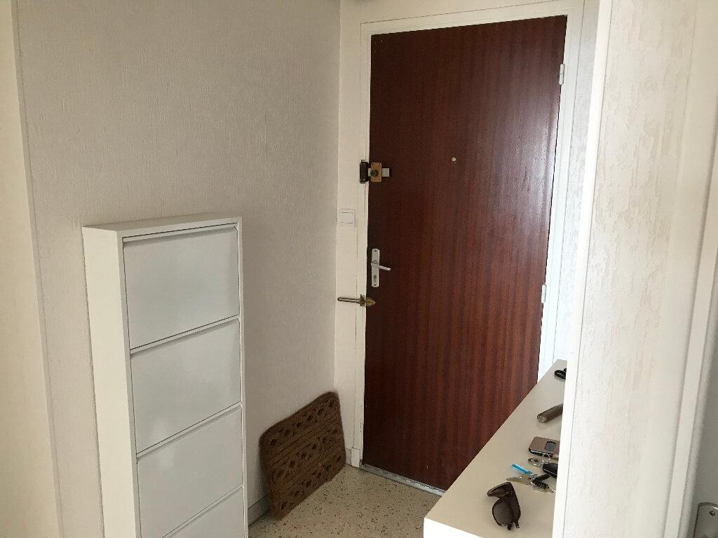 Appartement à louer 2 50.67m2 à Juan-les-Pins - Antibes vignette-7