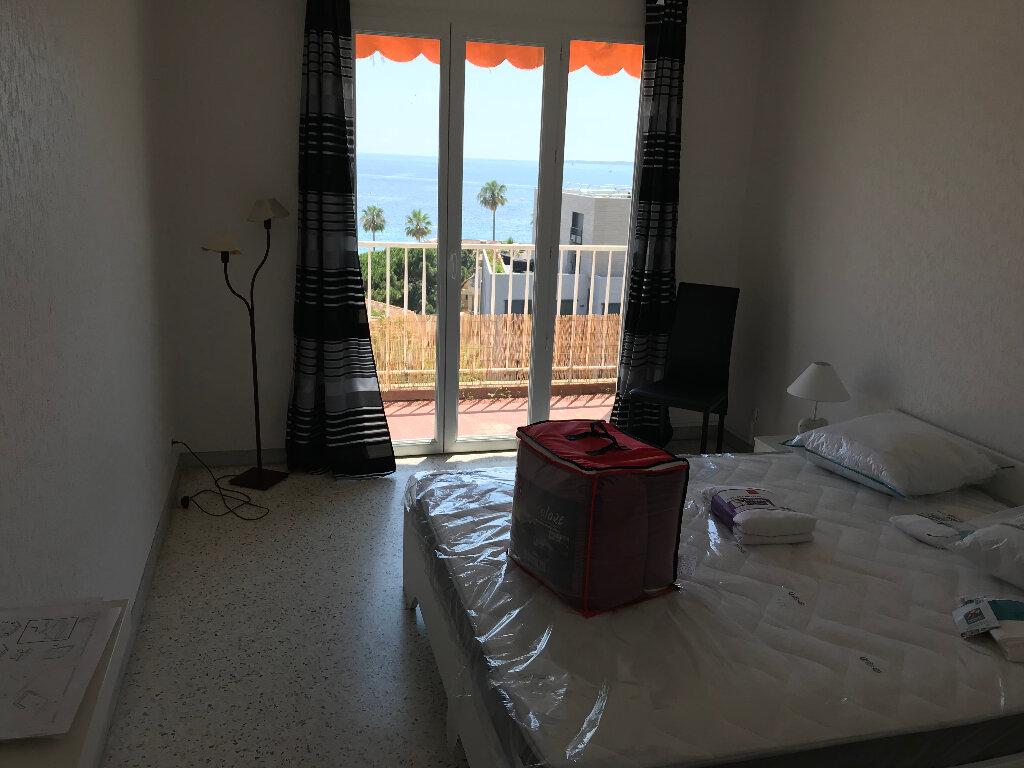 Appartement à louer 2 50.67m2 à Juan-les-Pins - Antibes vignette-12